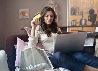 Kupowanie online w sieci - Sprawdź czym jest, jakie typy portali mamy do wyboru i dlaczego warto kupować online. Krótki poradnik kupującego w internecie!